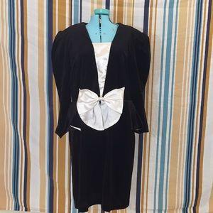 True Vintage Black Velvet Bow Dress